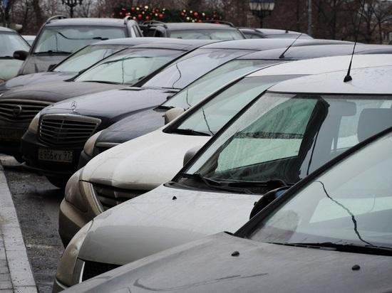 С 1 декабря для российских автомобилистов ввели новые правила