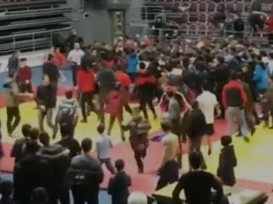 В Назрани на турнире по самбо произошла массовая драка