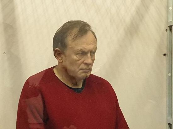 Доцента-расчленителя Олега Соколова поместили в камеру с насильником