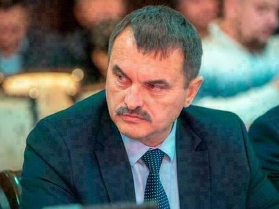 Утром на кузбасской трассе травмировался чиновник из Хакассии