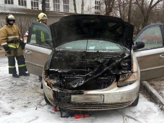 Автомобиль загорелся в Йошкар-Оле