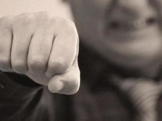 В Чувашии пьяный сельский чиновник сломал челюсть знакомому