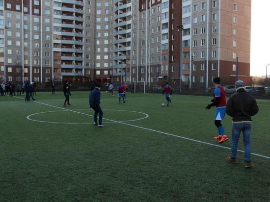 Детей из Колпинской воспитательной колонии отпустили в Гатчину поиграть в футбол