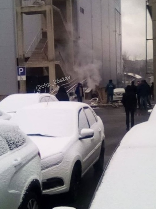 Из горящего детского центра в Ставрополе эвакуировали полсотни человек