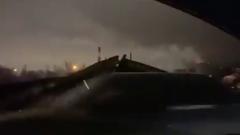 В Оренбурге рухнул автомобильный мост: видео с места трагедии