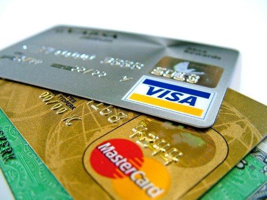 С банковского счета хабаровчанина пропали более 1,3 млн рублей