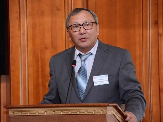 Глава Бурятии рекомендовал на пост ректора БГУ Ендона Гармаева