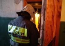Один человек пострадал во время пожара квартиры в Калуге