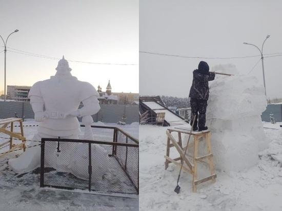 Снежные городки с героями сказок строят в Кемерове