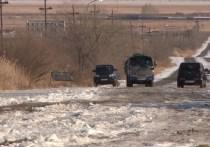 Порыв на водохранилище затопил дорогу в Краснокаменске