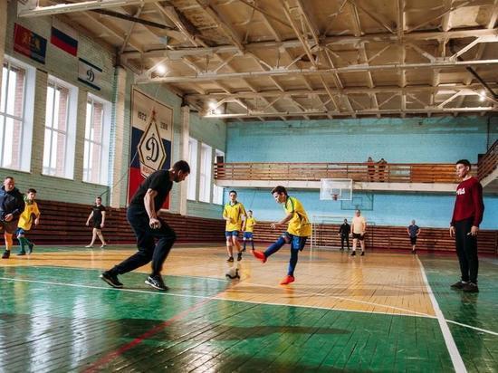 Детдомовцы сыграли в футбол с ивановскими полицейскими