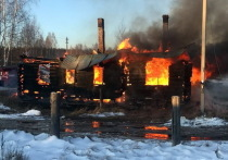 В Марий Эл мужчина спас двоих соседей от огня