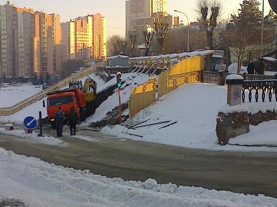 Фотографии строительства кафе на Притомской набережной появились в сети