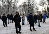 Таксисты Петербурга митинговали против водителей-гастарбайтеров и агрегаторов