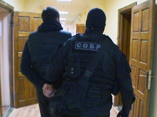 Двое вымогателей отправятся в колонию строгого режима по решению суда Ставрополя