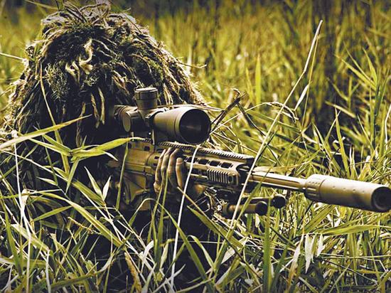 """Донецкая снайперша: """"Я всадила в него всю обойму"""""""