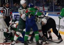Болельщики посмотрели двухсотую серию хоккейного противостояния Уфы и Казани