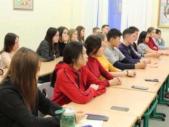 Ямальские студенты написали «Антикоррупционный диктант»