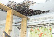 Семья с ребенком-инвалидом останется в очереди на жилье и без потолка
