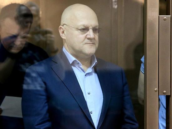 В качестве свидетелей в суде были вызваны дизайнеры, которых нанимал экс-глава московского СКР