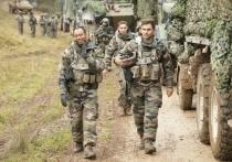 НАТО приближается к границам России и продолжает угрожать безопасности нашей страны
