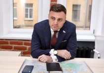 ЗакС Петербурга «по-тихому» объявил благодарность единороссу Олегу Смакотину