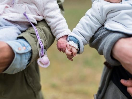Как получить выплату при рождении второго ребенка