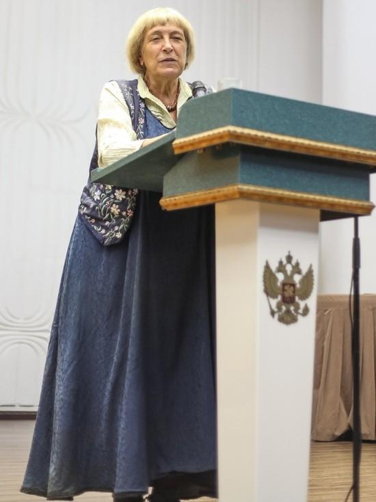 Как противостоять строительству антижизни, рассказывает Ирина Медведева
