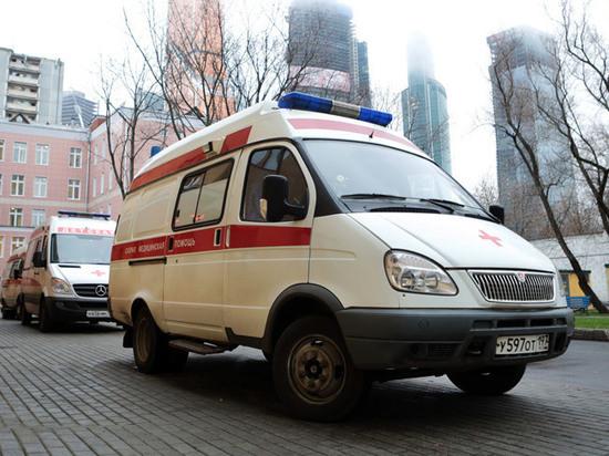 Ударила головой об косяк: работница московского травмпункта избила двухлетнюю дочь