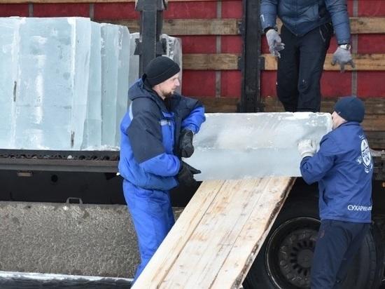 На новогодний городок в Кирове затратят 700 кубометров льда