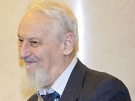Заслуженный преподаватель МГУ скончался, выпив