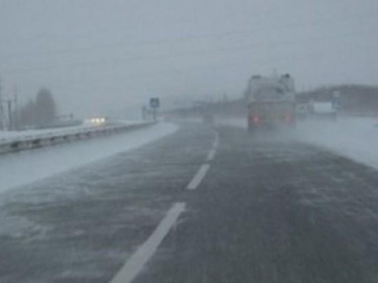На трассах Оренбургской области ввели ограничение движения