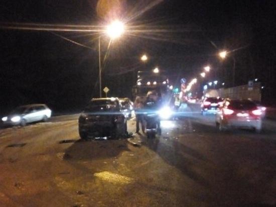 Массовая авария с фурами произошла на главном въезде в Калуге
