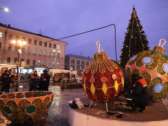 В Иванове установили главную новогоднюю елку
