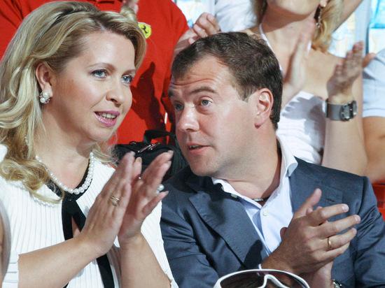 """Пресс-секретарь прокомментировал """"расследование"""" о жене Медведева"""