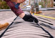 В Оренбурге на улице Сахалинской компания обогатилась на ремонте крыши