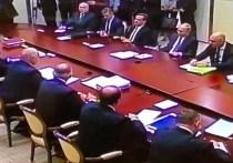 На переговорах президентов России и Белоруссии Владимира Путина и Александра Лукашенко неожиданно погас свет