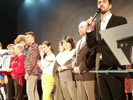 В Ноябрьске определили победителя на открытом фестивале КВН