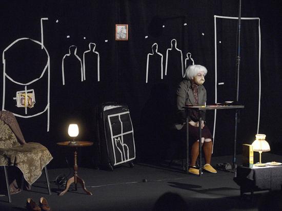 Смеются или плачут: театр заставил хабаровчан задуматься о старости