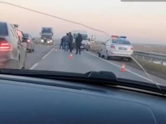 Велосипедист погиб под колесами микроавтобуса на трассе Ростов-Волгодонск