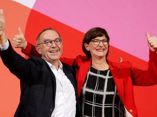 Съезд СДПГ голосует за налог на имущество, отмену Hartz IV и ограничение скорости