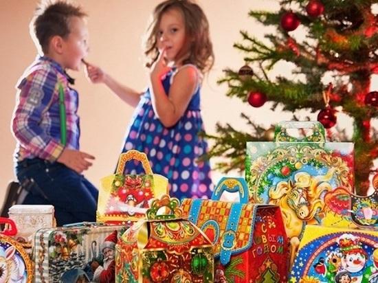 Специалисты рассказали, как выбрать сладкий подарок к Новому году