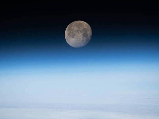 Астрологи предостерегли о «полнолунии долгой ночи» 12 декабря