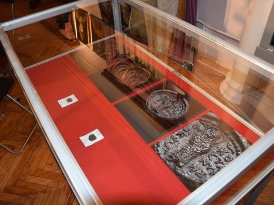 Ярославскому музею-заповеднику передали археологические находки.