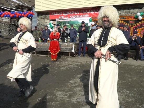 Новые ФАПы и водопровод открыли в горах Дагестана