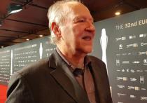 На 32-й церемонии вручения премий Европейской киноакадемии, проходившей в Берлине, награду за жизненные достижения вручили 77-летнему немецкому классику Вернеру Херцогу
