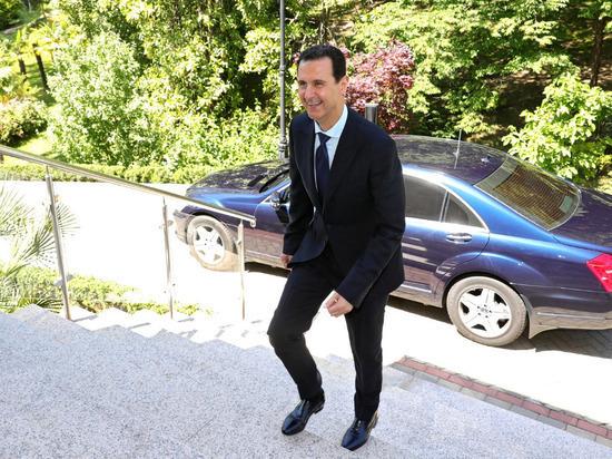 Асад назвал проблему беженцев в Европе следствием ошибочной политики