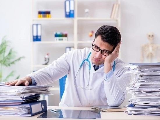 Что мешает врачу заняться своей непосредственной работой