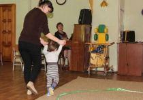 В Костромской области продлили меры поддержки семей, усыновивших ребенка-инвалида