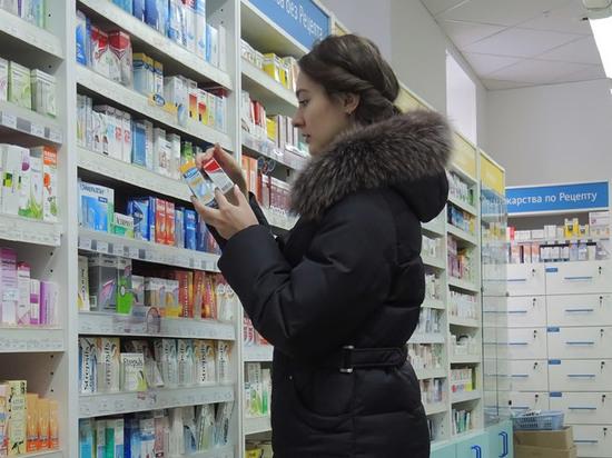 Столичные аптеки закроют по первому стуку: массово торгуют без рецептов